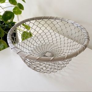 Vintage wire metal mesh fruit bowl storage basket